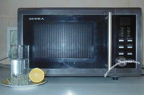 Чем отмыть микроволновку от жира